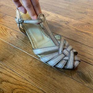"""SODA 2"""" beige leather sandal wedge w/ wooden heel"""